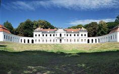 Pałac w Narolu. 25 nieznanych pałaców w Polsce - Poznaj Polskę Country Estate, Homeland, Mansions, House Styles, Castles, Medieval, Homes, Fotografia, Houses