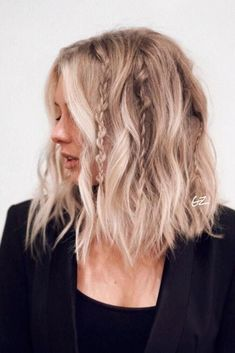 Cute and easy shoulder length hairstyles for thin and for thick hair can be foun. - - Cute and easy shoulder length hairstyles for thin and for thick hair can be found here. These styles can work for adult women and for teens. Short Hairstyles For Thick Hair, Braided Hairstyles, Pixie Hairstyles, Stylish Hairstyles, Pretty Hairstyles, Bob Haircuts, Natural Hairstyles, Hairstyle For Women, Easy Hairstyles For Short Hair