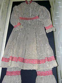 Beachwear (Bathing Suit)  Date: 1870–1900 Culture: American Medium: wool Dimensions: Length at CB (a): 49 1/2 in. (125.7 cm) Length (b): 38 in. (96.5 cm)