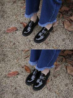10's trendy style maker 66girls.us! Patent Leather Loafers (DFPE) #66girls #kstyle #kfashion #koreanfashion #girlsfashion #teenagegirls #fashionablegirls #dailyoutfit #trendylook #globalshopping