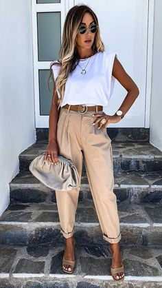 Casual Work Outfits, Business Casual Outfits, Mode Outfits, Classy Outfits, Stylish Outfits, Fashion Outfits, Womens Fashion, White Blazer Outfits, Office Outfits Women