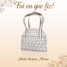 As mamães estão com tudo! Mais uma bolsa maternidade, dessa vez feita com tecidos da coleção Girafinhas Baby pela artesã Rosana Moreno.