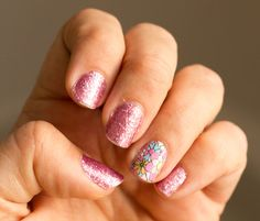 Colorblock Nail Art Party #Iheartmynail art. Longer lasting manicure using @Sally Hansen nail polish strips. Fun floral accent nail.