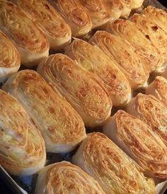 """3,148 Beğenme, 14 Yorum - Instagram'da Havva Koçak💐 (@havvanin_mutfagindan): """"@saf_mutfak - Patatesli Rulo Börek 👍Tarif 👉3 adet yufka 2 yumurta 3 adet patates 1 su bardağı…"""""""