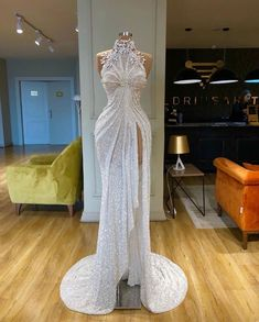 Find the perfect gown with Pageant Planet! Browse all of our beautiful prom and pageant gowns in our dress gallery. There's something for everyone, we even have plus size gowns! Gala Dresses, Event Dresses, Formal Dresses, Sparkle Dresses, Sexy Dresses, Summer Dresses, Pretty Dresses, Beautiful Dresses, Bridal Gowns