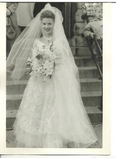 WEDDING Photo Bride Wedding Gown Dress Veil Chicago Illinois 1950s Snapshot #300