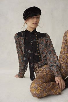 See the complete Philosophy di Lorenzo Serafini Resort 2017 collection.