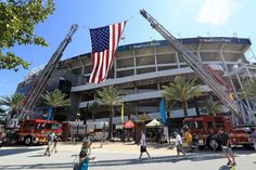 A general view of  EverBank Field  during a game between the Jacksonville…