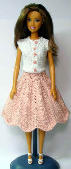 Barbie Doll In Knitted Outfit Free Patterns In 7 8 Languages