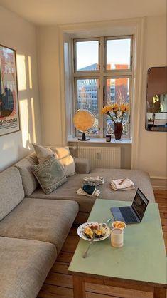 Dream Apartment, Apartment Interior, Living Room Interior, Bright Living Room Decor, Paint Colors For Living Room, Boho Living Room, Dream Home Design, Home Interior Design, House Design