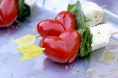 summer wedding appetizer ~ we ❤ this! moncheribridals.com