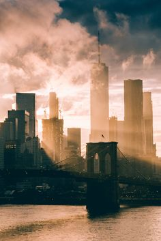 Sunset by @manhattan-forever - The Best Photos and Videos of New York City including the Statue of Liberty, Brooklyn Bridge, Central Park, Empire State Building, Chrysler Building and other popular New York places and attractions.