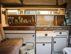 257 vind-ik-leuks, 30 reacties - Chris Barnes (@cbarnacle) op Instagram: 'Westfalia kitchen 2.0 '