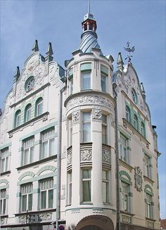Jaques Rosenbaum. Estonian art nouveau. Building on Pikk 23/25.