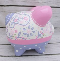 Simone Paisley Personalized Piggy Bank en rosa y lavanda Personalized Piggy Bank, Personalized Gifts, The Little Couple, Crochet Pig, Hand Painted Ceramics, Creative Crafts, Custom Items, Handmade Art, Baby Shower Gifts
