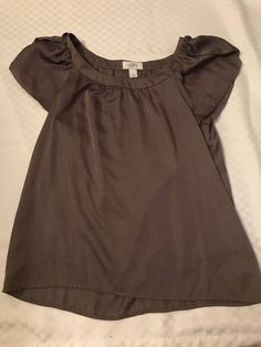 d184a19425d22b loft blouse size small Condition is Pre-owned. Shipped with USPS First  Class Package.