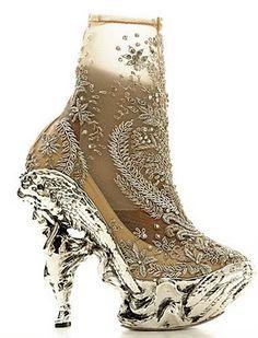 Alexander McQueen Shoes-Angel-2010-2011FW Alexander Mcqueen Boots e97bfcec4da