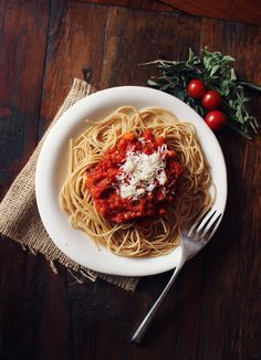 Classic Homemade Tomato Sauce | 27 Delicious Ways To Use Tomatoes