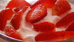 Come preparare la crema di fragole - ricetta