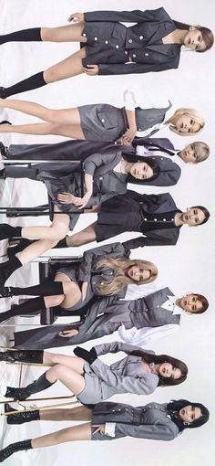 Mamamoo, Nayeon, Kpop Girl Groups, Kpop Girls, Twice Group, Beautiful Girl Makeup, Twice Fanart, Twice Korean, Hirai Momo