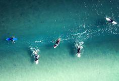 Die besten Surffilme aller Zeiten! Don`t miss!   #dayococo #finecoconutgoods #vegan #organic #welovecoco #coconut #organicproducts #coconutoil #healthy #surfin #naturalproducts #blog #kokosöl #quote #bali #hawaii #australia #coconutoilbenefits #fitfood #skincare Bali, Hawaii, Waves, Vegan, Outdoor, Movie, Surfing, Vacation, Outdoors