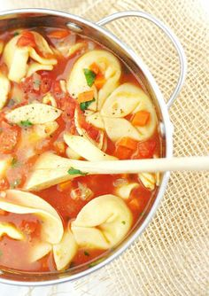 Style Me Green: TORTELLINI SOUP