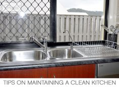Tips on maintaining a clean kitchen from The Organised Housewife