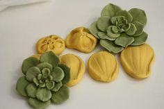Silicone succulent mold or veiner for gumpaste succulents. Cake decorating petal veiner.