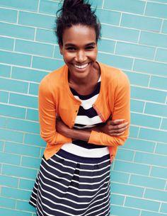 navy and white striped dress, orange cardigan Classic Fashion Looks, Viernes Casual, British Fashion Brands, Orange Cardigan, Orange Blazer, Colorful Fashion, Fashion Fashion, Fashion Ideas, Fashion Inspiration