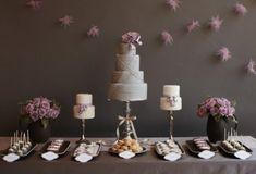 Hochzeit Dessert Tisch in zarten Farben: Schokolade & Creme