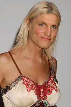 Haymitch Abernathy's Oscar Dress. lmfao!