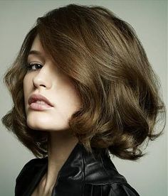 when im ready for a chop //  curly bob with volume