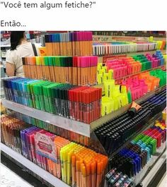 Markers and pens School Suplies, Stationary Store, Cute School Supplies, School Hacks, Study Motivation, Copics, Art Supplies, Markers, Back To School