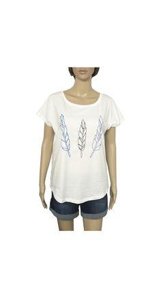 "Camiseta ""Plumas"" www.smartyfun.es #plumas #camiseta #fashion #summer #camiseta #tshirt"
