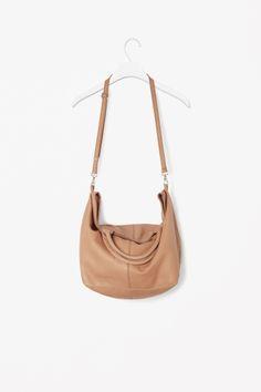 COS Wide leather shopper db0c818d372c0
