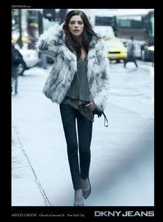 Resultados de la Búsqueda de imágenes de Google de http://2.bp.blogspot.com/-AJEV7lMOpYc/T_Oykp_2OHI/AAAAAAAADxw/w2xUCtiga7s/s1600/Ashley-Greene-DKNY-Jeans-Ad.jpeg