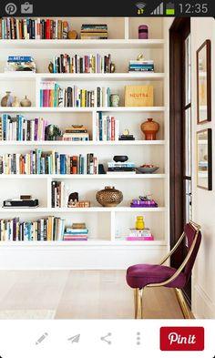 Bookcase ideas interior design 8 tricks for killer bookshelf styling home interior inspiration home library design Bookshelf Styling, Bookshelf Design, Bookshelf Decorating, Decorating Tips, Bookshelf Wall, Bookshelf Ideas, Bookshelf Inspiration, Bookshelf Organization, Library Inspiration