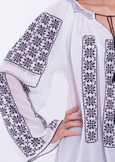 II MANECA LUNGA Cross Stitch Borders, Cross Stitching, Manado, Embroidery Motifs, Folk Costume, Peasant Blouse, Bridal Dresses, Couture, Chic