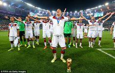 Weltmeister! Und daher verlängern wir unsere WM Aktion bis zum 30. August: www.teamplayr.com