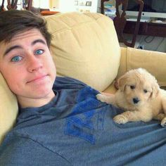 First we have Nash Grier who is adorable, then we add an adorable    puppy which breaks the adorableness scale for this picture!! There is too much adorableness in one picture! ❤️❤️