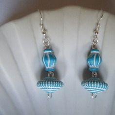 Boucles d'oreilles en résine bleues - créabijoux lolo - bijoux fantaisies