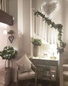 Tis the season Festive styling by West Barn Interiors online store Cottage Shabby Chic, Cottage Style, Style At Home, Luxury Home Decor, Luxury Homes, Country Hallway, Barn Conversion Interiors, House Makeovers, Flur Design