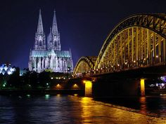 Cathedrals done right (Cologne, German)