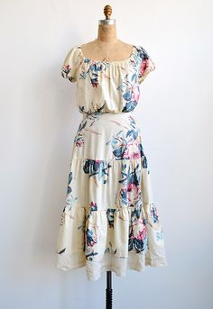 vintage 1970s cream floral sundress | really cute stuff that ...