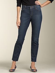 Love the look of the ankle jean, but with a white blouse, not tucked in, of course.