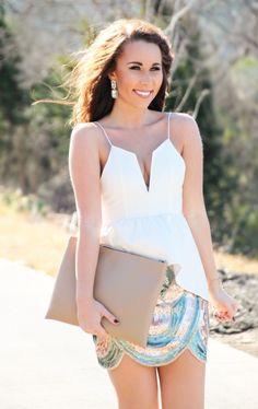 Sequin Scalloped Skirt - Sunshine & Stilettos Blog