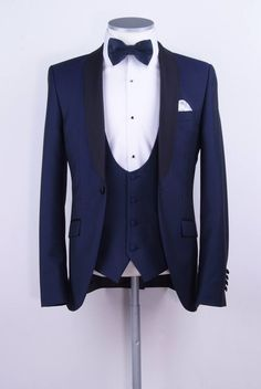 New Arrivals Navy Blue Groom Tuxedos Groomsmen Mens Wedding Suits Dinner Best Man Blazer (Jacket+Pants+Vest+Tie) Best Wedding Suits, Blue Suit Wedding, Wedding Tux, Trendy Wedding, Wedding Dresses, Groom Tuxedo, Tuxedo Suit, White Tuxedo, Mens Fashion Suits