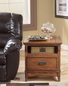 T7193 in  by Ashley Furniture in Warrensburg, MO - Rectangular End Table