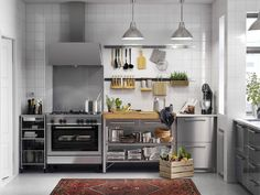 IKEA SEKTION kitchens can be completely customized, with thousands of combinations to choose from. And for do-it-yourselfers, IKEA kitchens are designed for easy setup. Grey Painted Kitchen, Kitchen Paint, New Kitchen, Kitchen Black, Unfitted Kitchen, Cocinas Kitchen, Metal Kitchen Cabinets, Kitchen Units, Kitchen Renovation Cost