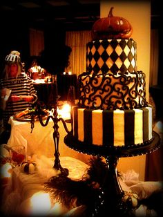 love this cake.. but minus the pumpkin so its not for halloween. make it red velvet with cream cheese frosting filling!